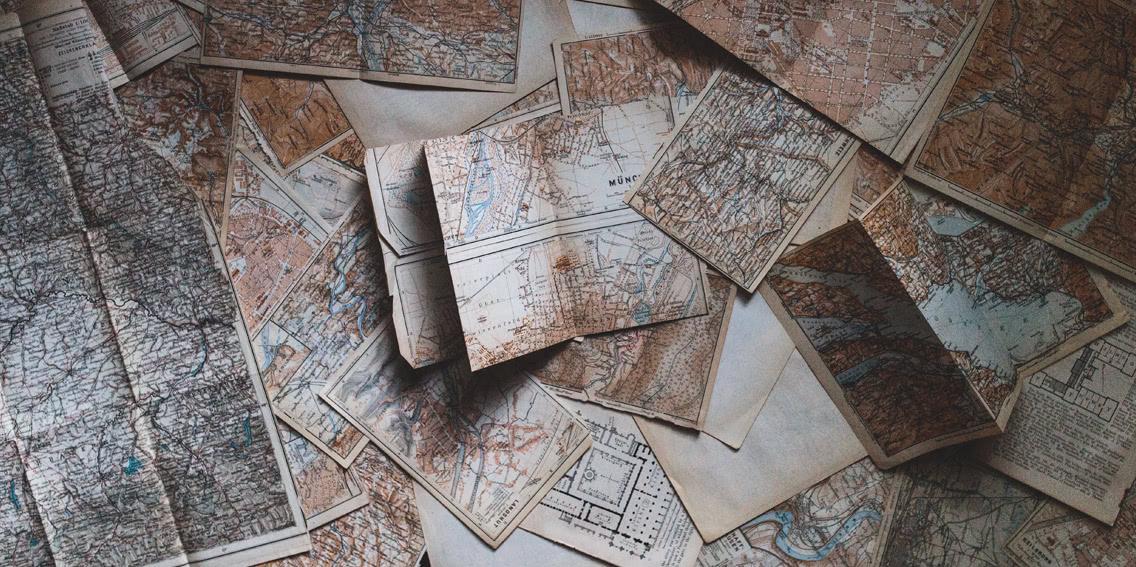 Viele Seekarten