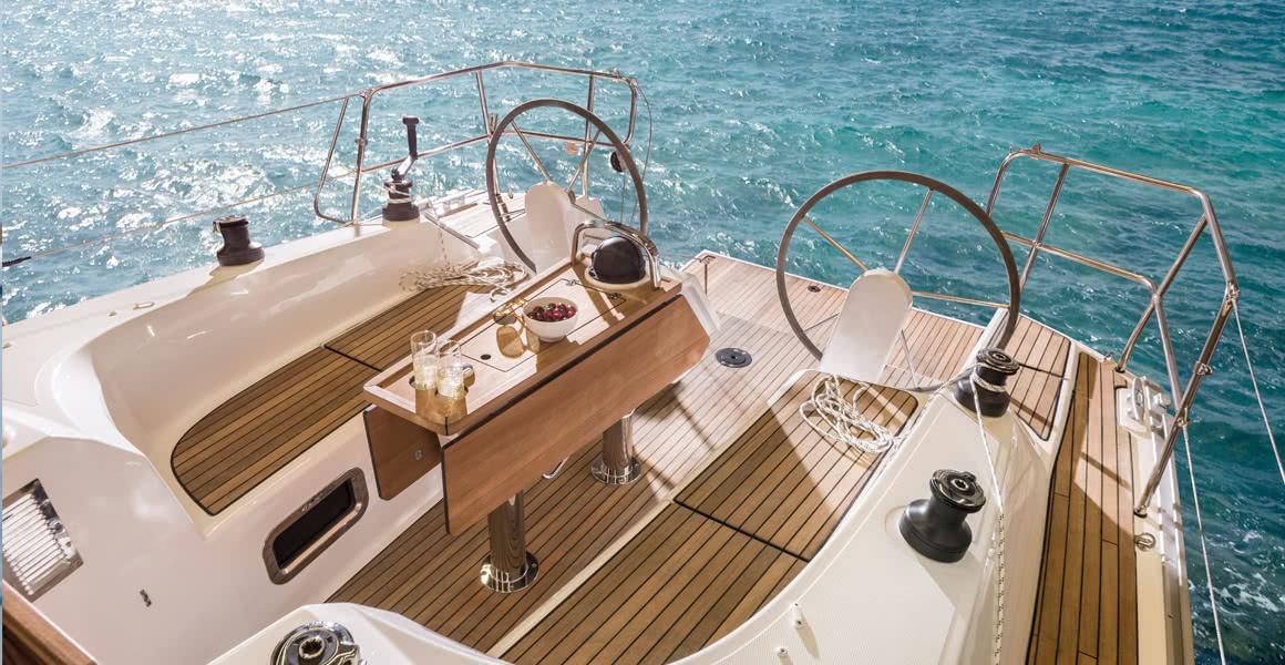 Faites briller votre bateau grâce à nos produits d'entretien et de polissage