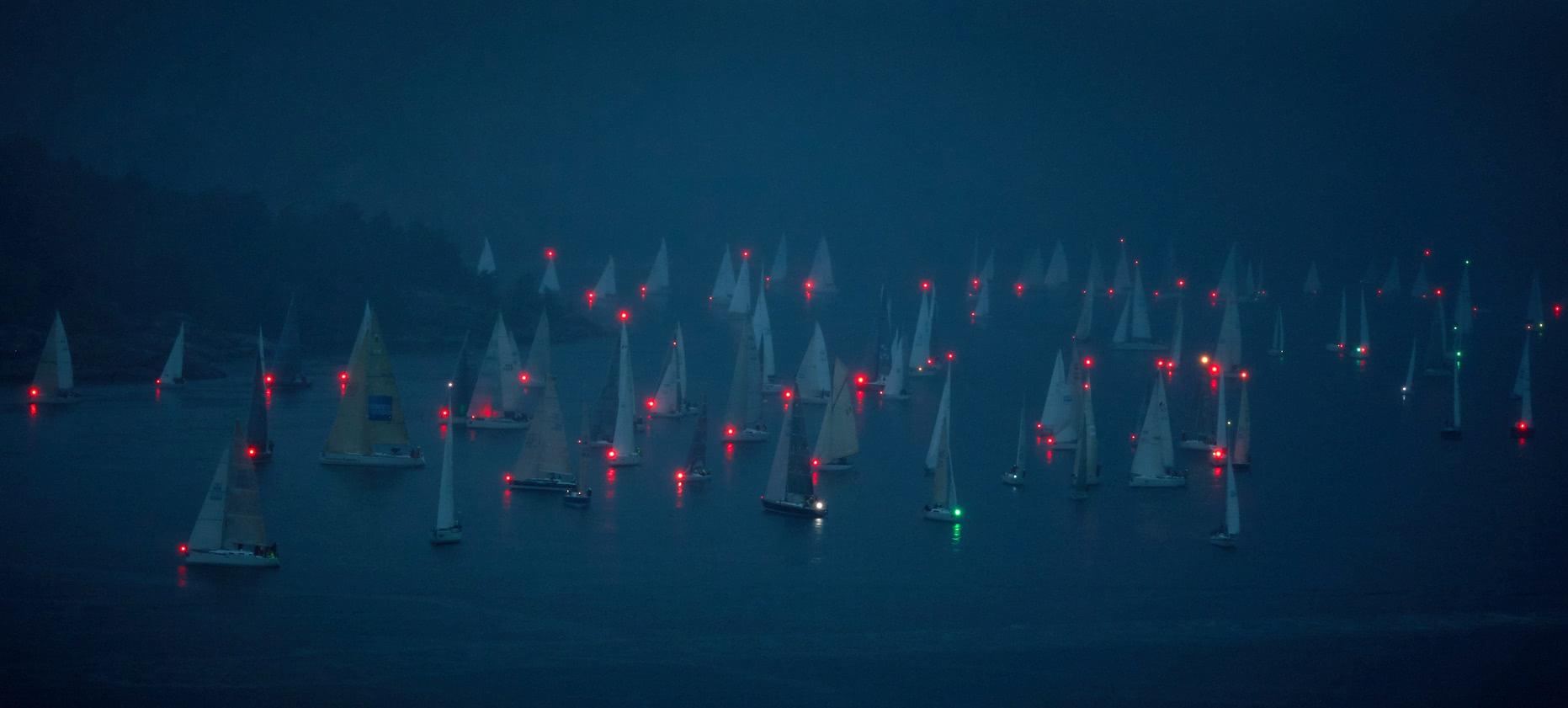 Displaying Lights On Sailing Yachts and Motor Boats