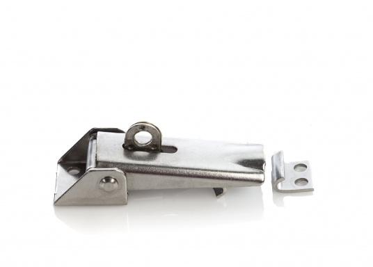 Hebelverschluss aus Edelstahl, rostfrei. Mit Einstellmöglichkeit der Spannung und Bohrung für ein Vorhängeschloss. Durchmesser der Befestigungslöcher ist 5 mm.  (Bild 2 von 3)