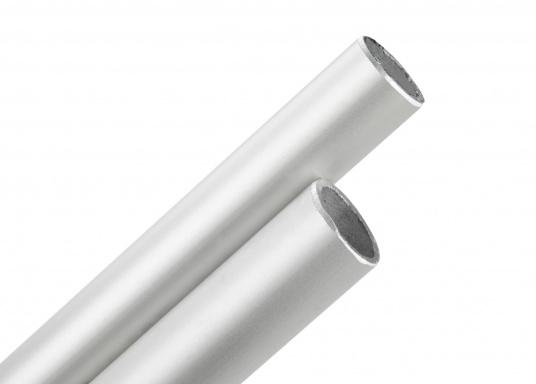 Hier bieten wir Ihnen stabile Rohre aus Edelstahl an. Die Rohre sind biegefähig und in einer maximalen Länge von 6 m erhältlich. Preis per Meter.  (Bild 2 von 4)
