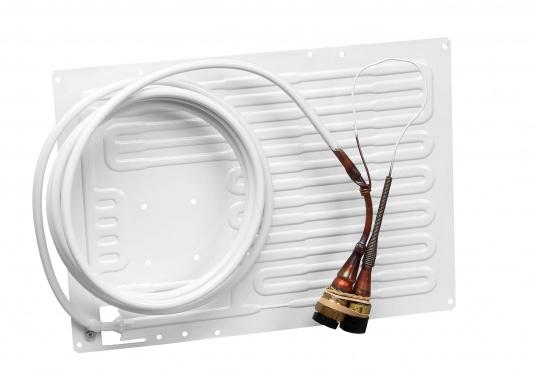 """ISOTHERM bietet individuelle Lösungen für jedes """"Kühlschrank-Problem""""!Das thermostatgesteuerte Classic-Kühlgerät kühlt einen Verdampfer, der in Ihrem Kühlschrank oder in Ihrer Tiefkühlbox installiert wird.  (Bild 12 von 14)"""