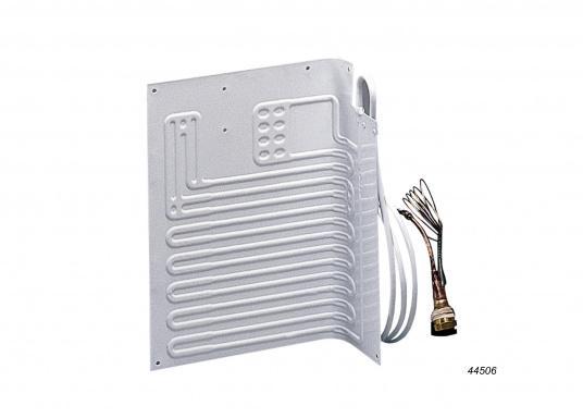 """ISOTHERM bietet individuelle Lösungen für jedes """"Kühlschrank-Problem""""!Das thermostatgesteuerte Classic-Kühlgerät kühlt einen Verdampfer, der in Ihrem Kühlschrank oder in Ihrer Tiefkühlbox installiert wird.  (Bild 9 von 14)"""
