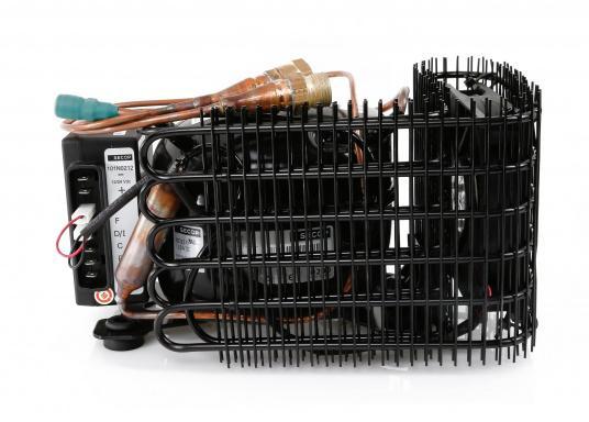 """ISOTHERM bietet individuelle Lösungen für jedes """"Kühlschrank-Problem""""!Das thermostatgesteuerte Classic-Kühlgerät kühlt einen Verdampfer, der in Ihrem Kühlschrank oder in Ihrer Tiefkühlbox installiert wird.  (Bild 2 von 14)"""