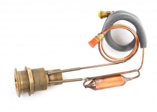 Das Isotherm-SP-Aggregat ist ein neues System, das direkt vom Außenwasser gekühlt wird. Dies bedeutet, dass die Kühleffektivität völlig unabhängig von der Lufttemperatur im Boot ist. (Bild 3 von 5)