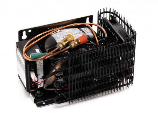 Die Isotherm ASU-Systeme wurden zum Einbau in vorhandene Kühlboxen entwickelt und vor allem für den Einsatz auf Segelbooten vorgesehen. Das ASU-System erlaubt maximale Kühlleistung bei minimaler Belastung der Batterien. (Bild 2 von 4)