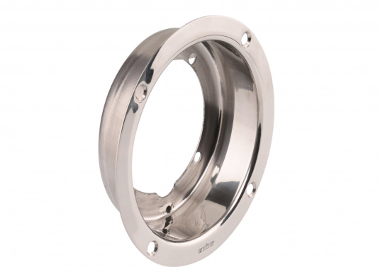 Polished stainless steel mountingflange for the installation of an HTP hydraulic pumpin theexisting hole of a MTP pump or for a 38 mm recess installation.