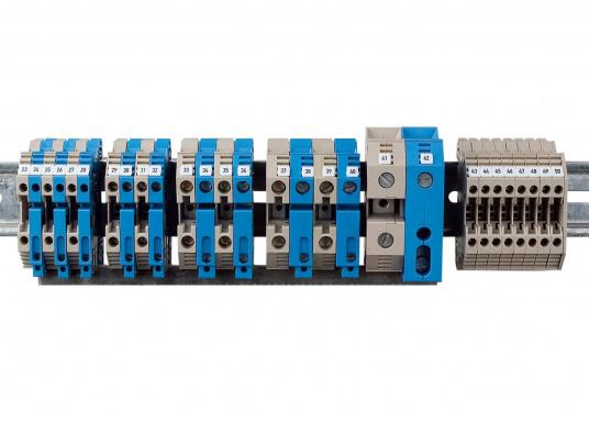 Sorgen Sie für Ordnung im Verteilerschrank! Diese Reihenklemmen bieten funktionelle Perfektion bis ins Detail und sind unabdingbarer Bestandteil einer zuverlässigen und sicheren Elektroinstallation an Bord. Lieferbar in verschiedenen Größen.