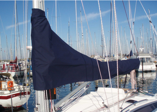 Very durable and extremely weather resistant mainsail cover made out of UV resistant and breathable polyacrylic. Several sizes are available.