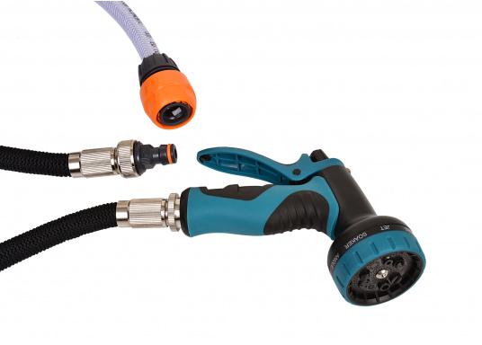 Das Deckwaschpumpen-System besteht aus einer selbstansaugenden, automatischen Elektropumpe mit PTFE-Zahnrädern und einem spiralförmigen Schlauch mit Spritzpistole. Besonders geeignet für Reinigungsarbeiten mit Salz- oder Frischwasser. (Bild 2 von 4)