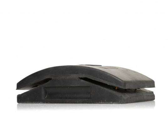 Der 3M Handschleifklotz für Naßschleifarbeiten ist durch seine offene Kornsteuerung und eine staubabweisende Beschichtung ideal für Lackschleifarbeiten geeignet. Abmessungen: 67 x 120 mm.  (Bild 2 von 3)