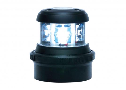 I LED serie 32 offrono buone prestazioni con basso consumo energetico. Adatti per la serie Quickfit 40 per il trasporto e stoccaggio invernale. (Immagine 3 di 4)