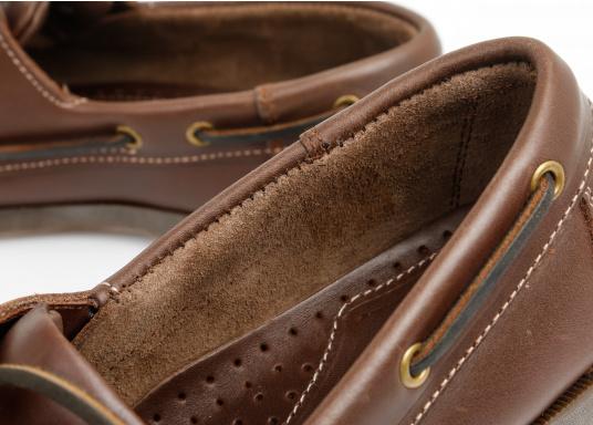 Attraktiver Schuh mit 2 Loch Schnürung zu einem Spitzenpreis! Dieser zeitlos schöne und bequeme Damen- und Herrenschuh ist für an Bord und in der Freizeit geeignet.  (Bild 6 von 14)