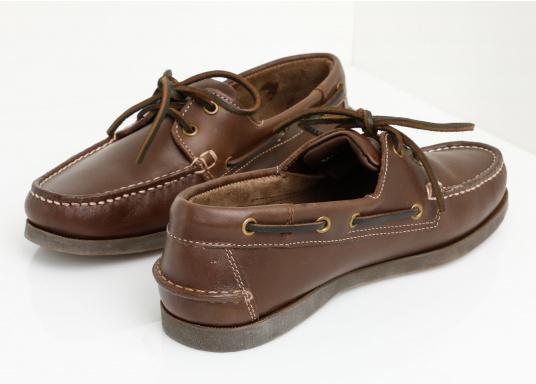 Attraktiver Schuh mit 2 Loch Schnürung zu einem Spitzenpreis! Dieser zeitlos schöne und bequeme Damen- und Herrenschuh ist für an Bord und in der Freizeit geeignet.  (Bild 4 von 14)