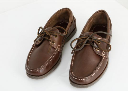 Attraktiver Schuh mit 2 Loch Schnürung zu einem Spitzenpreis! Dieser zeitlos schöne und bequeme Damen- und Herrenschuh ist für an Bord und in der Freizeit geeignet.  (Bild 2 von 14)