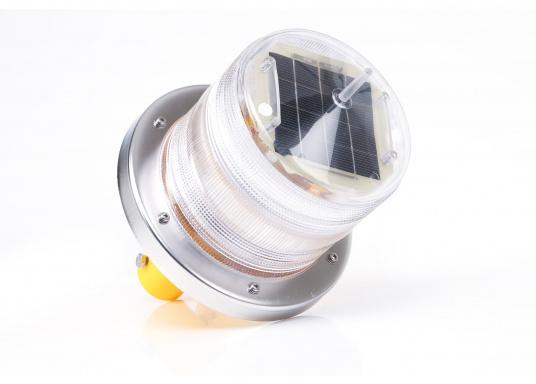 Boje mit aufgesetztem Solar-Markierungslicht  Leuchte schaltet sich automatisch bei Dämmerung ein  sendet alle 3,5 Sek. ein Lichtblitz  mit integrierter Befestigungsstange   (Bild 2 von 3)