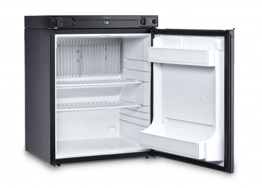 Leistungsstarker Kühlschrank mit 61 Liter Kühlinhalt, geeignet für den Betrieb mit 12 Volt, 230 Volt oder Gas. Durchdachte Details wie eine Flaschenablage runden das Bild ab.  (Bild 3 von 3)