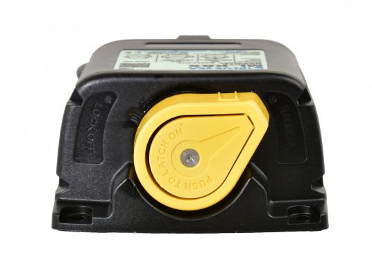 DieserHochleistungs-Batterieschalter erlaubt,Batterien unter hoher Stromlastvon Hand oder per Fernbedienung zu schalten.Über den LED-Ausgang können die Betriebszustände fernüberwacht werden.  (Bild 5 von 6)