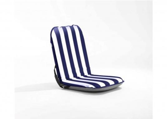 Mobiler Sitzkomfort an Bord, beim Camping, am Strand und im Garten. Der Comfort Seat bietet Sitzkomfort in 6 Positionen: vom aufrechten Sitzen bis zum entspannten Liegen. Erhältlich in Dunkelblau und Blau-Weiß gestreift. (Bild 2 von 6)