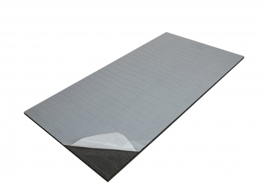 Optimum soundproof solution for engine rooms. These insulation panels are made of a soft foam based on polyether covered with aluminum-metallized PES film. Two versions are available.  (Afbeelding 3 of 7)