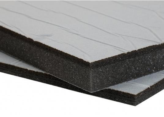 Ces panneaux constituent une solution d&#39&#x3B;isolation acoustique optimum pour les compartiments moteur. Ils sont constitués d&#39&#x3B;une mousse à base de polyether recouverte d&#39&#x3B;aluminium. Deux modèles sont disponibles.