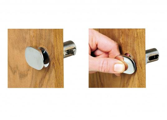 Chromed snap lock with strike plate. Total length: 5 cm.  (Image 5 of 5)