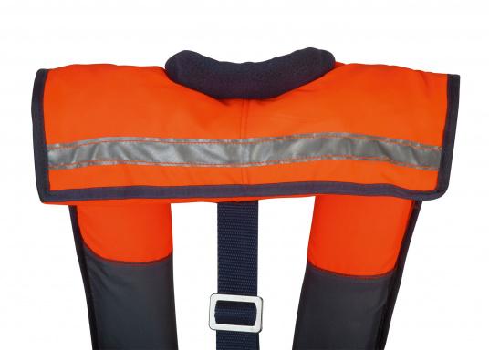 Leichte, von Hand auszulösende Rettungsweste der 100 N Klasse. Der extrem kurze Schnitt und das leichte Gewicht machen die VIVO 100 zu einer ideal Rettungsweste für Kanu, Kajak, Ruderboot, Binnengewässer und geschützte Reviere.  (Bild 3 von 10)