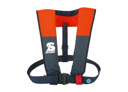 Leichte, von Hand auszulösende Rettungsweste der 100 N Klasse. Der extrem kurze Schnitt und das leichte Gewicht machen die VIVO 100 zu einer ideal Rettungsweste für Kanu, Kajak, Ruderboot, Binnengewässer und geschützte Reviere.