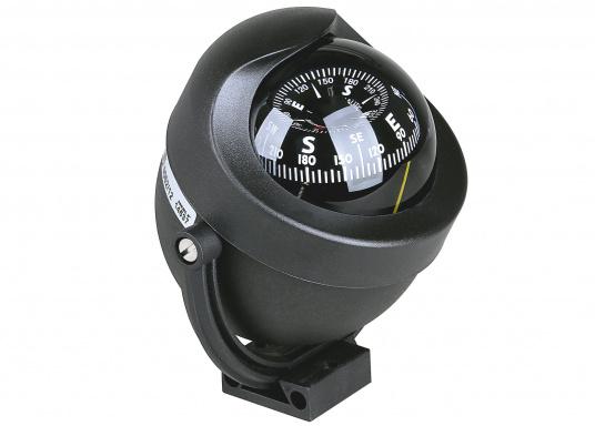 Dieser moderne Marine-Kompass imstylischen Design ist für Motor- und Segelboote geeignet. Er weist eine konische Rose auf. Der Kompass ist beleuchtet (12/24 V). Lieferung komplett mit Haltebügel. (Bild 2 von 2)