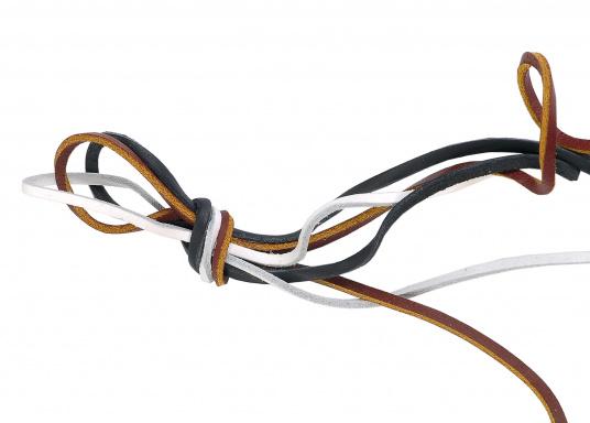 Diese Schnürsenkel bzw. Schuhbänder sind aus hochwertigem Leder gefertigt. Sie sind in den Farben Braun, Weiß und Blau erhältlich. Lieferung paarweise.