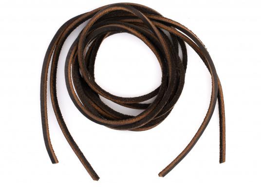 Diese Schnürsenkel bzw. Schuhbänder sind aus hochwertigem Leder gefertigt. Sie sind in den Farben Braun, Weiß und Blau erhältlich. Lieferung paarweise. (Bild 5 von 5)