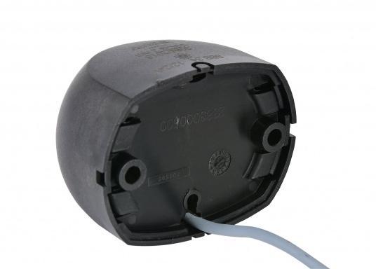 Attraktives Design, neuester technologischer Stand - die LED Serie 34. Absolut wartungsfrei, seewasserfest, UV-geschützt. Sehr geringer Energieverbrauch. (Bild 2 von 4)