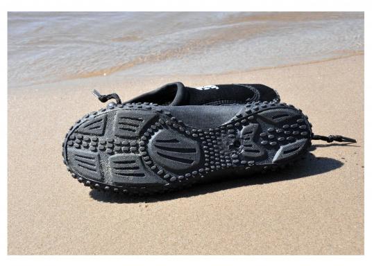 Bequeme Wasser Schuhe, ideal für alle Wassersportaktivitäten. Sogar auf Wanderungen angenehm zu Tragen.  (Bild 12 von 12)