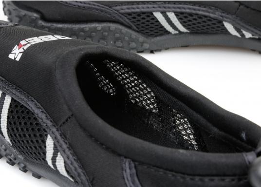 Bequeme Wasser Schuhe, ideal für alle Wassersportaktivitäten. Sogar auf Wanderungen angenehm zu Tragen.  (Bild 6 von 12)