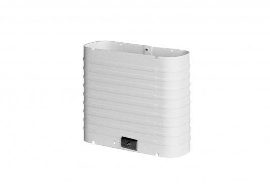 DieColdMachine Serie 50 Sets mit luftgekühlten Kompressor Danfoss BD 35F und einem Verdampfer in passender Bauform sind ideal geeignet, wenn Sie eine Kühlbox mit kleinerem Rauminhalt ausrüsten wollen und in kühlen Gewässern fahren. (Bild 8 von 12)