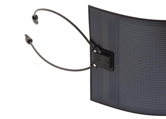 Besonders flexible Dünnschicht-Solarmodule– extrem dünn und trotzdem kraftvoll und äußerst widerstandsfähig, see- und salzwasserfest.  (Bild 5 von 8)