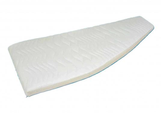 Matelas marines Gisa med® de haute qualité, disponibles en deux versions : âme de 4 cm ou âme de 2 cm. Les matelas sont confectionnés selon vos dimensions dans la limite d'une largeur de 140 cm maximum.