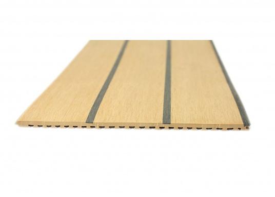 Elegant und technisch hochwertig! Der flexible Teakoptik Deckbelag kann auf Kunststoff-, Stahl- und Holzoberflächen eingesetzt werden. Er ist langlebig, vollständig UV-stabilisiert und besonders rutschfest.  (Bild 12 von 60)
