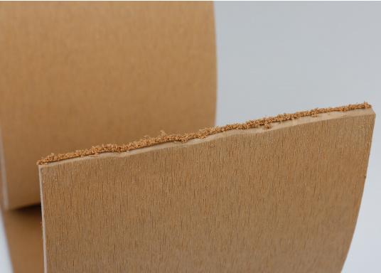 Elegant und technisch hochwertig! Der flexible Teakoptik Deckbelag kann auf Kunststoff-, Stahl- und Holzoberflächen eingesetzt werden. Er ist langlebig, vollständig UV-stabilisiert und besonders rutschfest.  (Bild 34 von 60)
