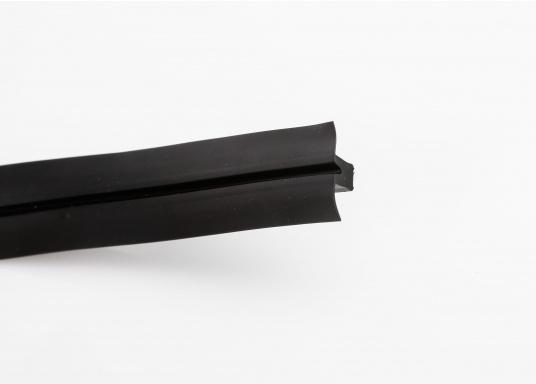 Elegant und technisch hochwertig! Der flexible Teakoptik Deckbelag kann auf Kunststoff-, Stahl- und Holzoberflächen eingesetzt werden. Er ist langlebig, vollständig UV-stabilisiert und besonders rutschfest.  (Bild 45 von 60)