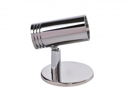 Wandlampe aus verchromtem Aluminium, ausgestattet mit einer high luminosity LED. Mit dem schwenkbaren Lampenkopf können Sie den Lichtstrahl immer genau dorthin ausrichten, wo Sie ihn gerade benötigen.  (Bild 4 von 6)
