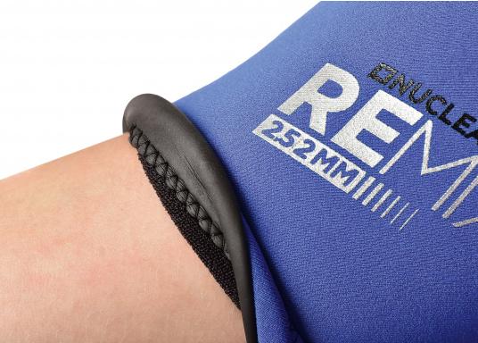 Wärmender Neoprenanzugmit 2,5 mm starkem, wasserabweisendem Neopren im Oberkörperbereich. Der Anzug bietet ein angenehmes Tragegefühl undvielBewegungsfreiheit im Bein- und Armbereich. (Bild 9 von 9)