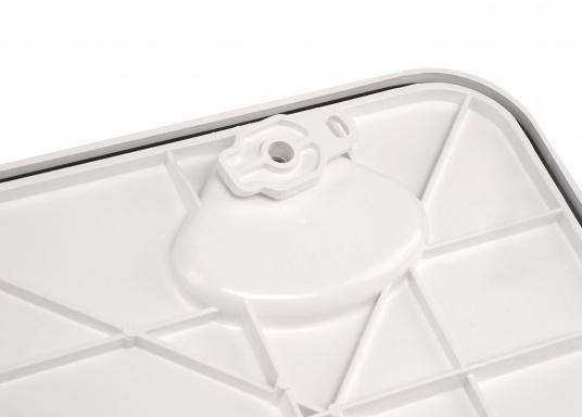 Clevere Zugangsklappen für Inspektionsöffnungen, Stauräume oder auch als Bodenluke im Fußboden. Die Oberfläche ist begehbar und für sicheren Halt mit Antirutschhaftung beschichtet. Lieferbar in verschiedenen Größen.  (Bild 14 von 14)