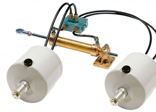Doppelsperrblock für den Ausbau einer hydraulischen Steuerung mit einem zweiten Steuerstand bzw. einer elektrohydraulischen Pumpe für einen Autopiloten.  (Bild 2 von 2)