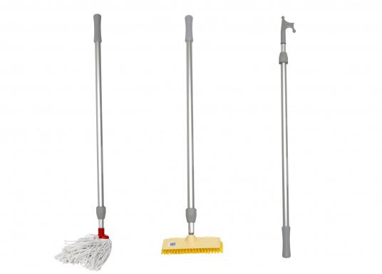 All in one! The sturdy aluminum telescopic handle is extendable from 1.20 up to 2.10 meters. 3 top parts are included: deck brush, cotton mop and boat hook.