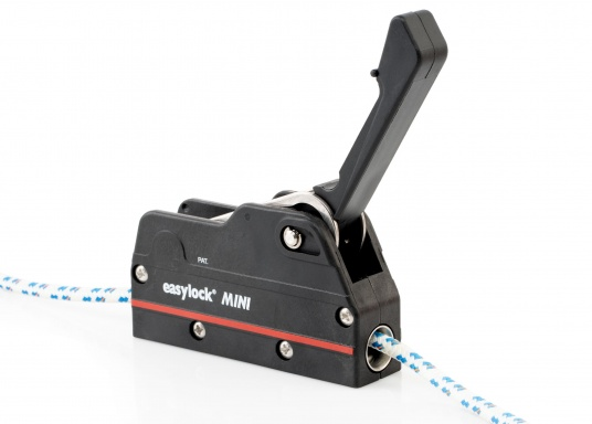 Dieser Fallenstopper erlaubt ein dichtholen des Tauwerkes bei geschlossenem Fallenstopper.Für Taudurchmesser von 6 bis 10 mm. Geeignet für Boote bis 32 Fuß. Sichere Arbeitslast bis 450 kg.  (Bild 7 von 9)