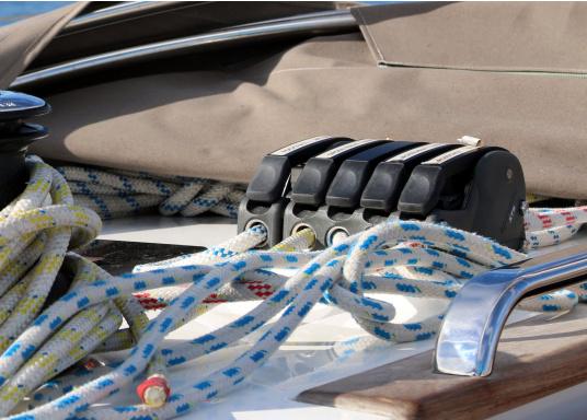 Bevorzugter Fallenstopper auf mittelgroßen Yachten! Der XTS bietet außergewöhnliche Haltekräfte und geht dabei schonen mit dem Tauwerk um. Erhältlich in drei Versionen: 1-fach, 2-fach und 3-fach.  (Bild 5 von 12)