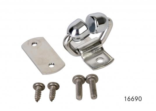 Der Easy Mast-Feeder erleichtert das Einführen des Großsegels in die Mastnut. Kugeln aus verchromter Bronze, Halter und Platte aus Niro.