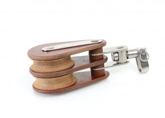 Zweischeibige Blöcke mit Wirbelschäkel. Erhältlich in verschiedenen Größen. (Bild 2 von 3)