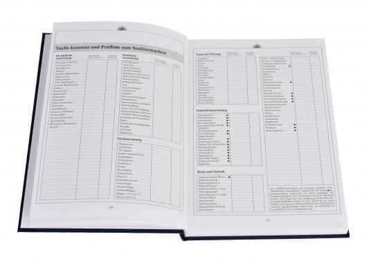 Es ist gesetzliche Pflicht an Bord ein Logbuch mitzuführen. Diese Logbuch für die Yacht bietet neben den offiziellen Eintragungen auf 176 Seiten auch genügend Platz für Privates. (Bild 6 von 10)